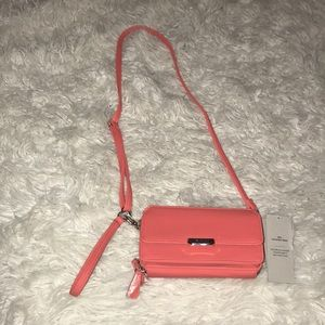 🔥Sale🔥Kenneth Cole Crossbody wristlet handbag🔥